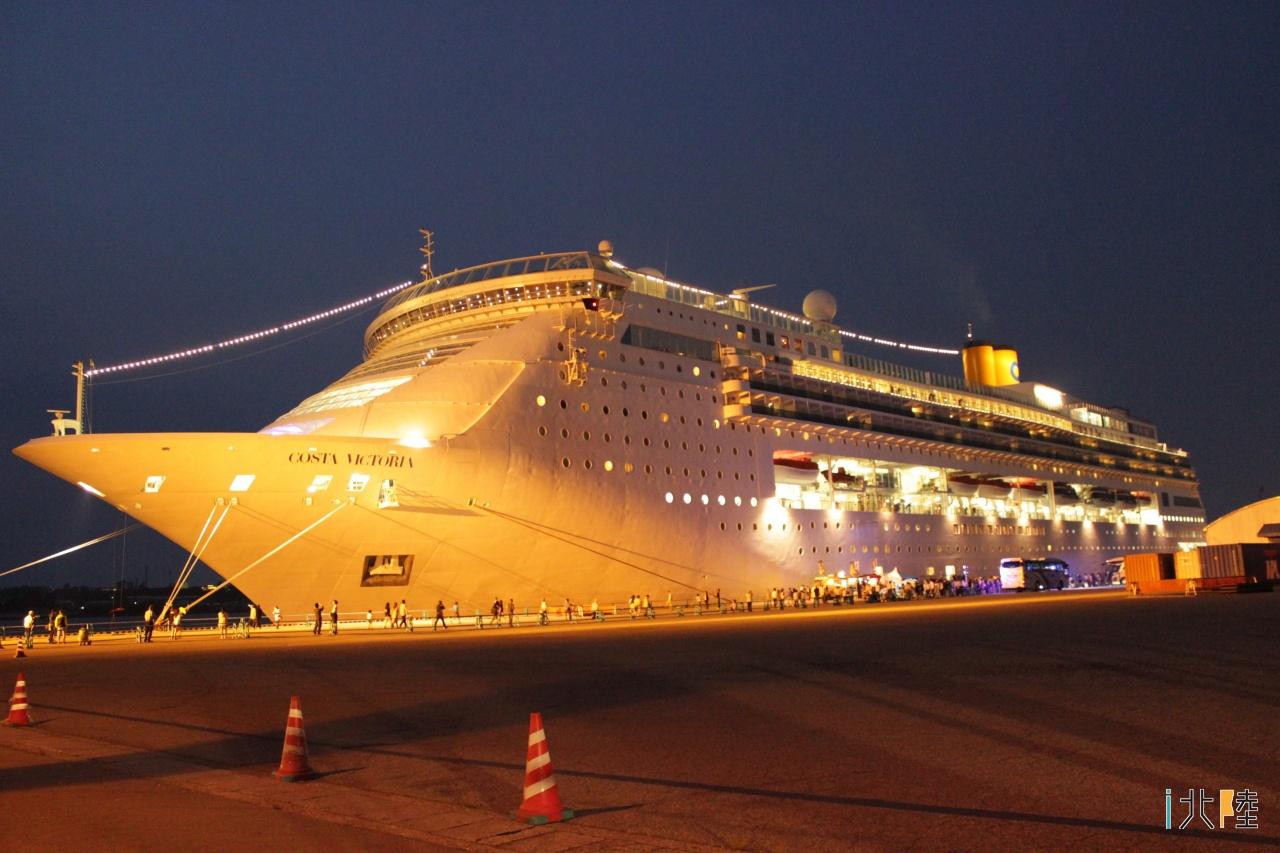 金沢港へ再び入港 韓国からのクルーズ船コスタ・ビクトリア出港イベント
