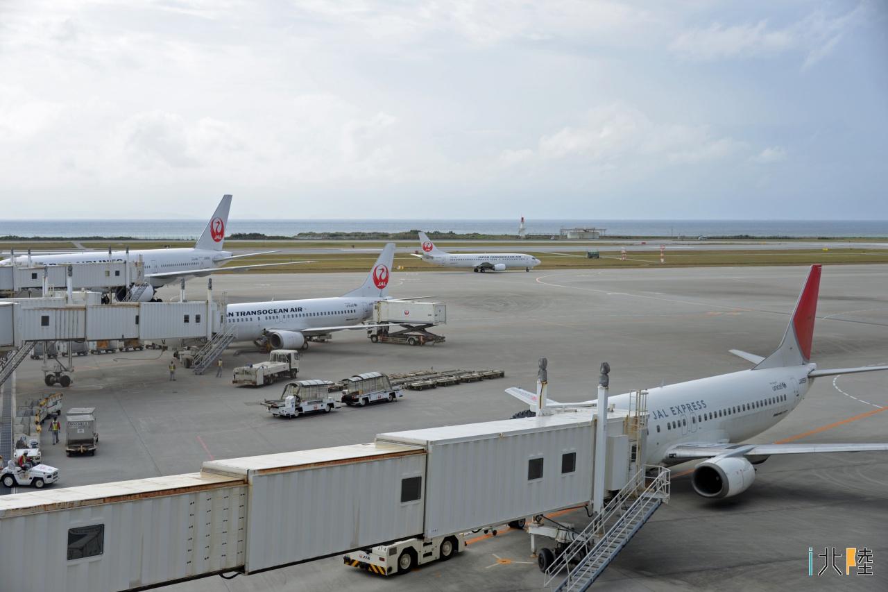 飛行機 東京 沖縄