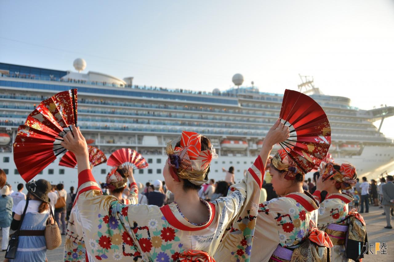 金沢港 超大型クルーズ船「ダイヤモンド・プリンセス」出港イベント