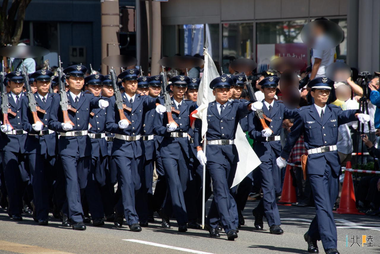 陸・海・空自衛隊福井市中パレード2016