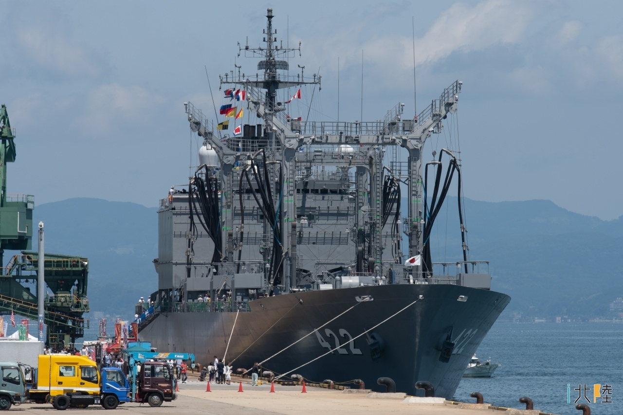 伏木港 海上自衛隊 補給艦とわだ一般公開